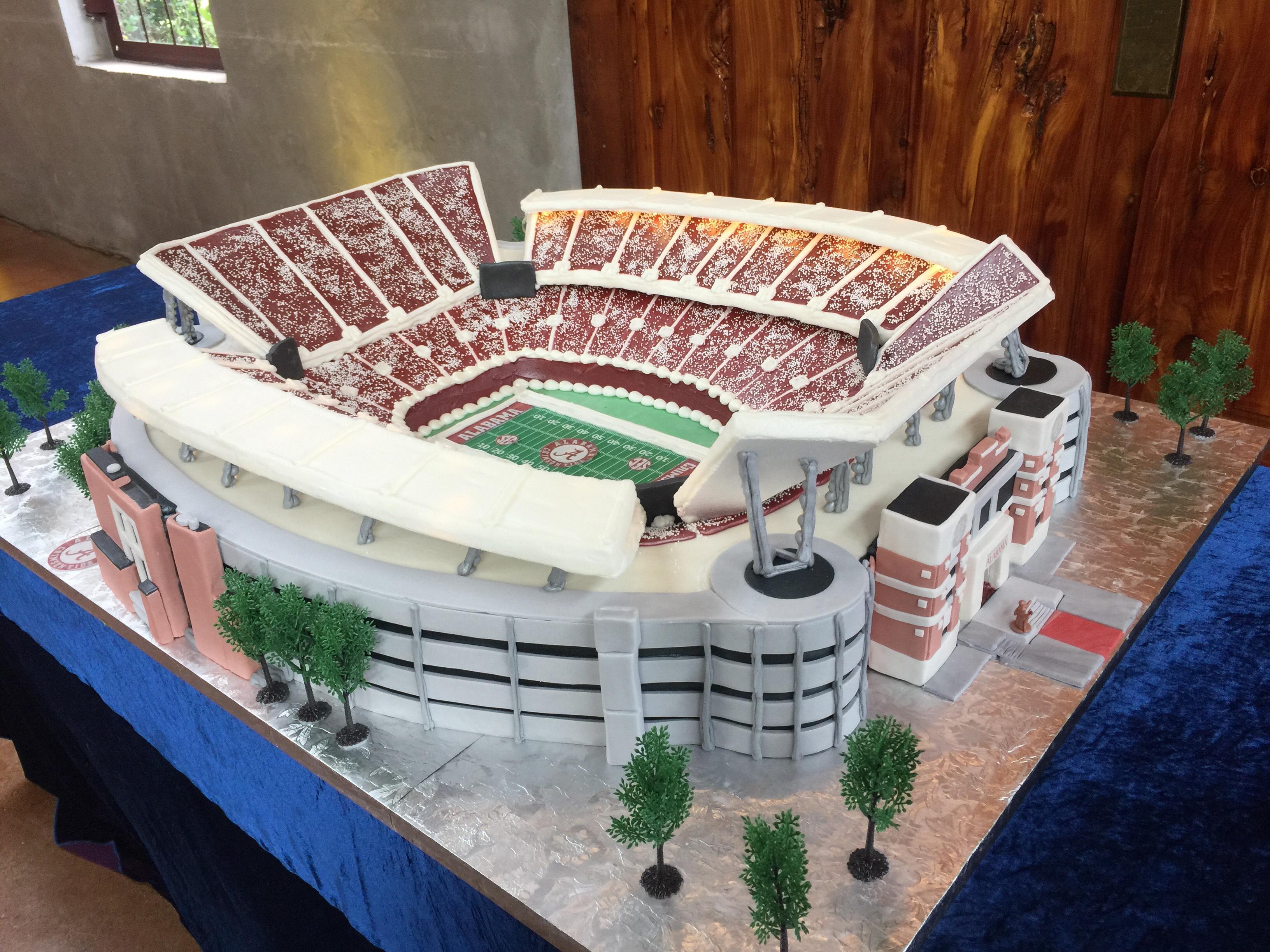 Alabama Stadium Wedding Cake